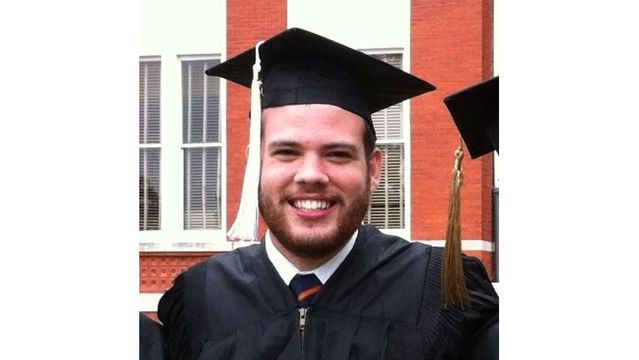 Auburn Grad Kills Himself in Front of the White House